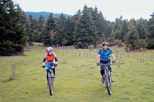 Mountain bikes in Kallidromon